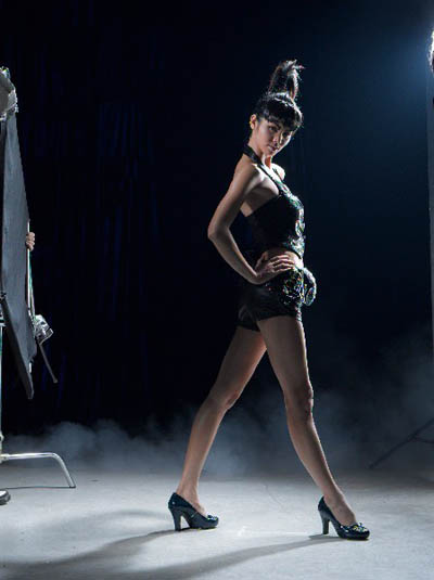cat女鞋模特搭配图